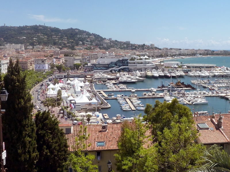 Villa sur la côte d'Azur ou Mas dans l'arrière-pays ?