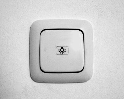 Hauteur interrupteur : Conseils pour placer les interrupteurs à la bonne hauteur