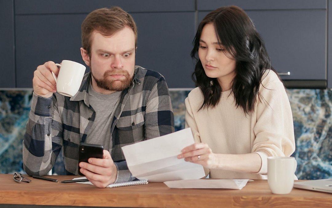 Découvrez les réglementations du regroupement de crédit qui visent à mieux vous protéger