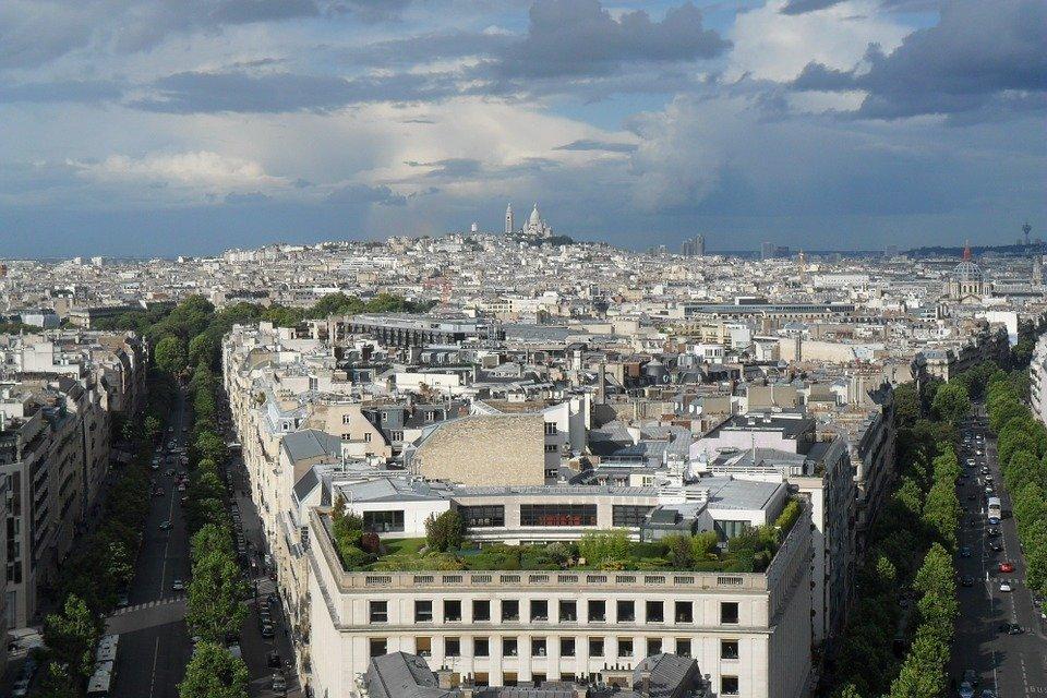 Comment est calculé le prix au m2 à Paris?